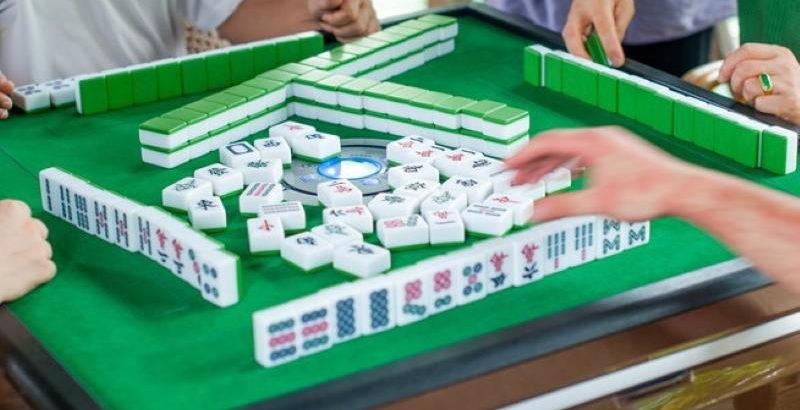 Set Up Mahjong Game Board